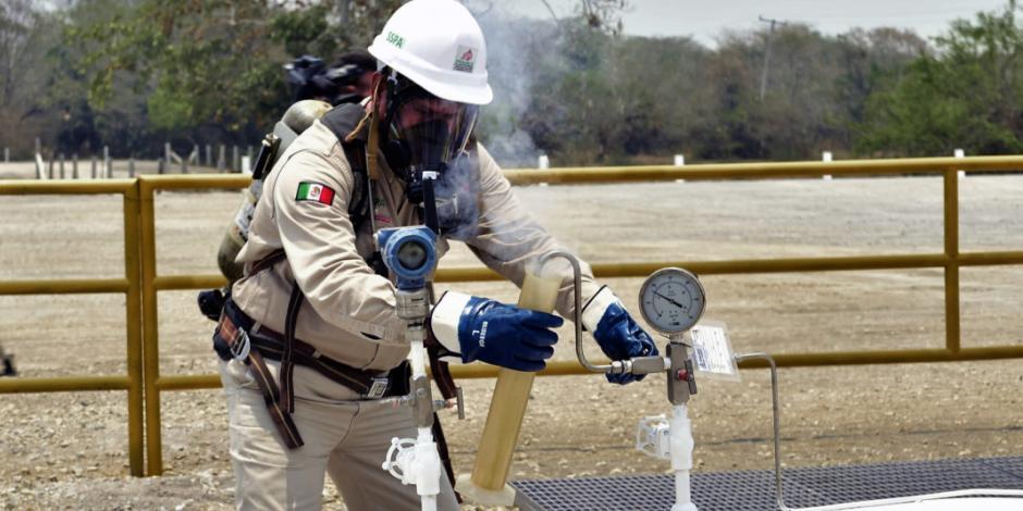 Sepulta CNH farmouts de Pemex; justifica que no hay áreas contractuales