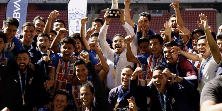 Chivas logra su primer título en la era Amaury Vergara