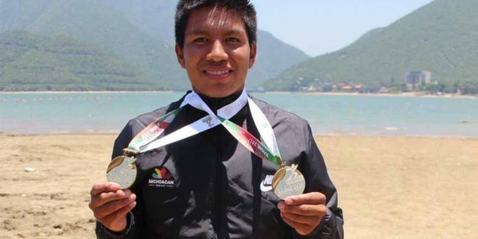 Mexicano Rigoberto Camilo es campeón en Copa Mundial de Canotaje