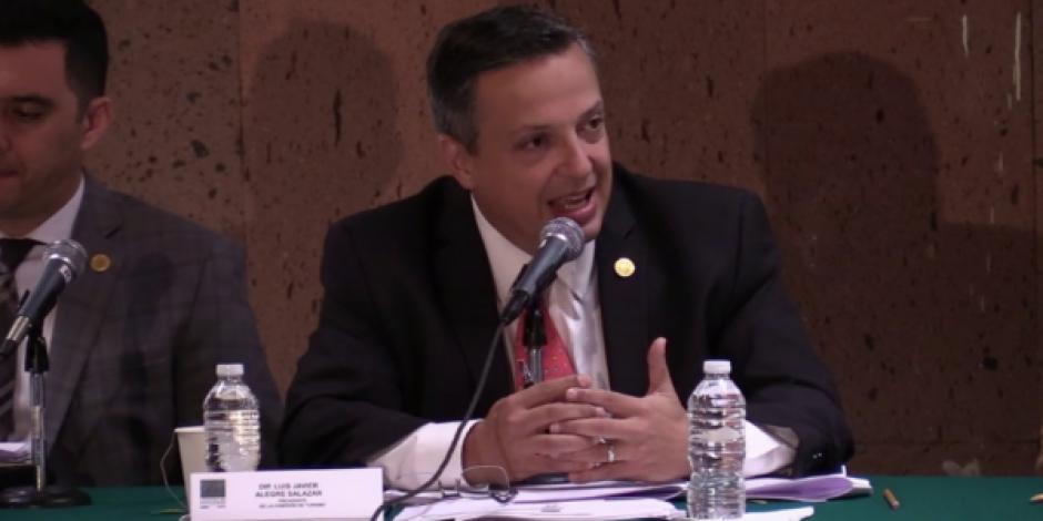 Gobernadores deben participar en el problema del sargazo: Morena