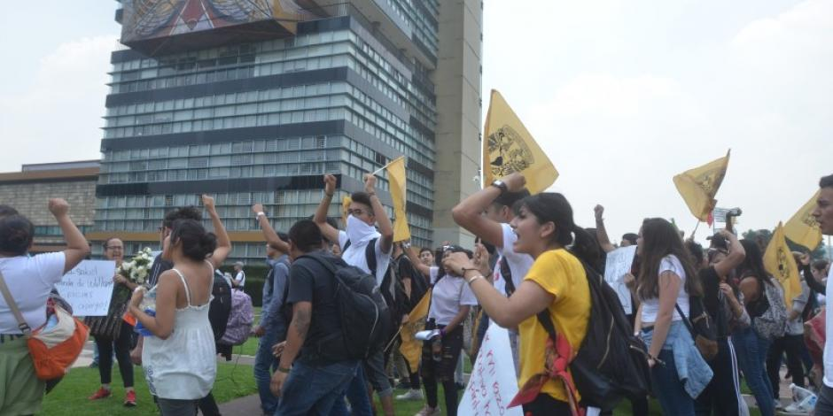 Alumnos de la UNAM se organizan para marchar por mayor seguridad