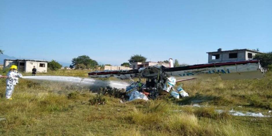 En plena práctica, avioneta se desploma en Morelos y deja 2 muertos