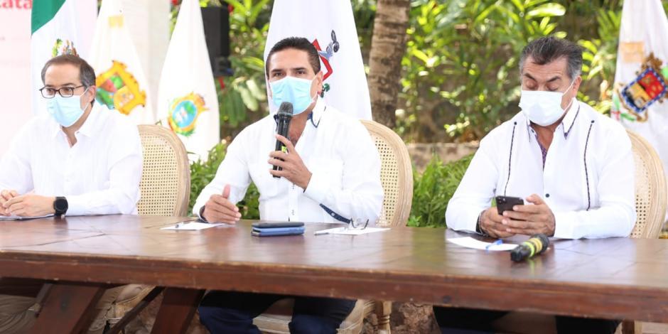 El gobernador michoacano Silvano Aureoles señaló que la Nueva Convivencia Social tendrá como ejes la responsabilidad y solidaridad de todos
