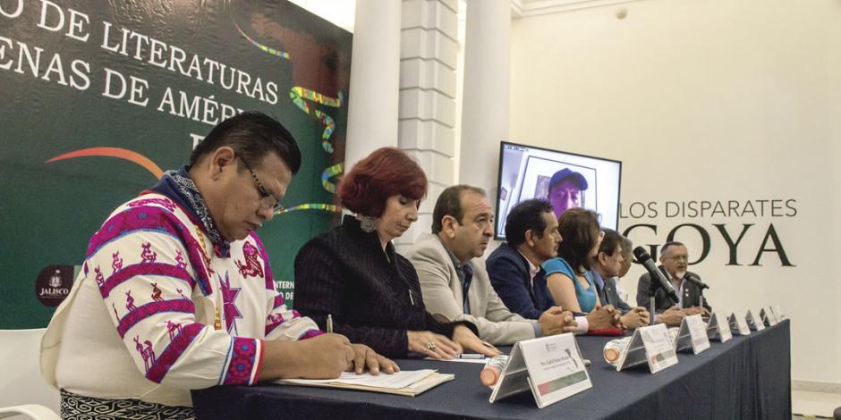 FIL premia a la literatura en mazahua
