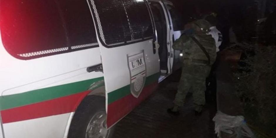Rescatan en Oaxaca a 124 migrantes hacinados en camiones