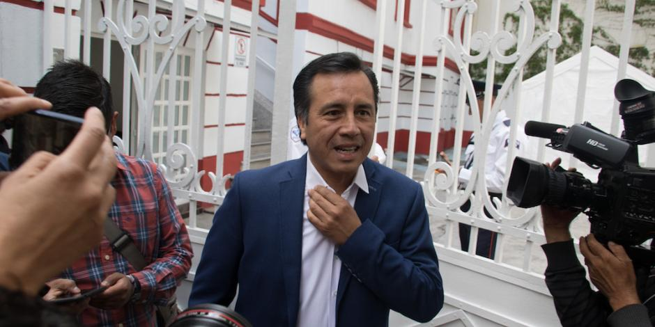 Cuitláhuac García pide auditar al gobierno de Yunes