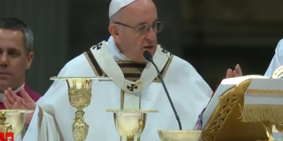 Misas deben ser gratuitas, advierte el Papa Francisco