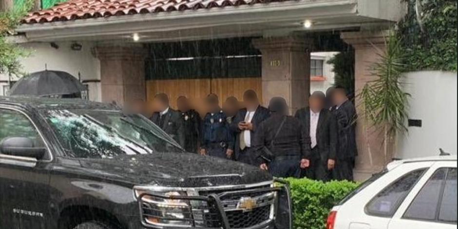 Atacan casa de Norberto Rivera; muere un escolta