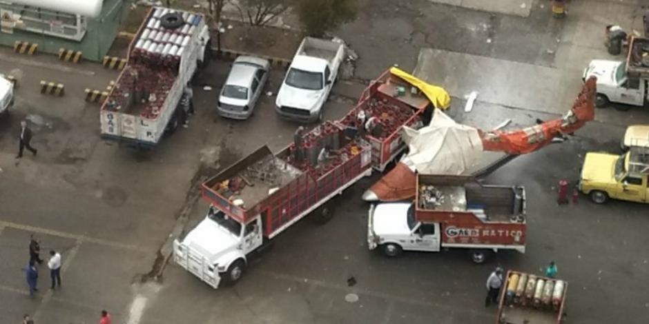 Helicóptero  se desploma sobre gasera en San Juanico y deja 4 heridos