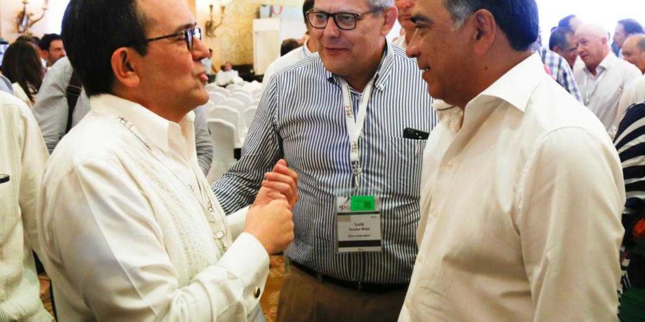 Se reúne Ildelfonso Guajardo con gobernador de Guerrero