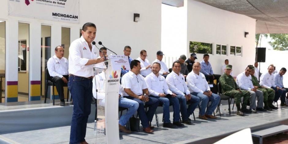 Entrega Silvano Aureoles centro de salud en Pinzándaro, Michoacán