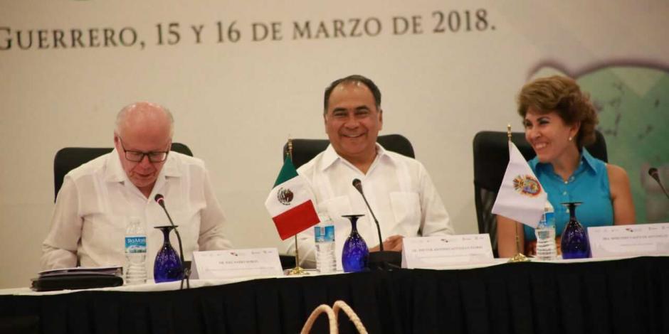 Inaugura Héctor Astudillo y José Narro el Consejo  Nacional de Salud