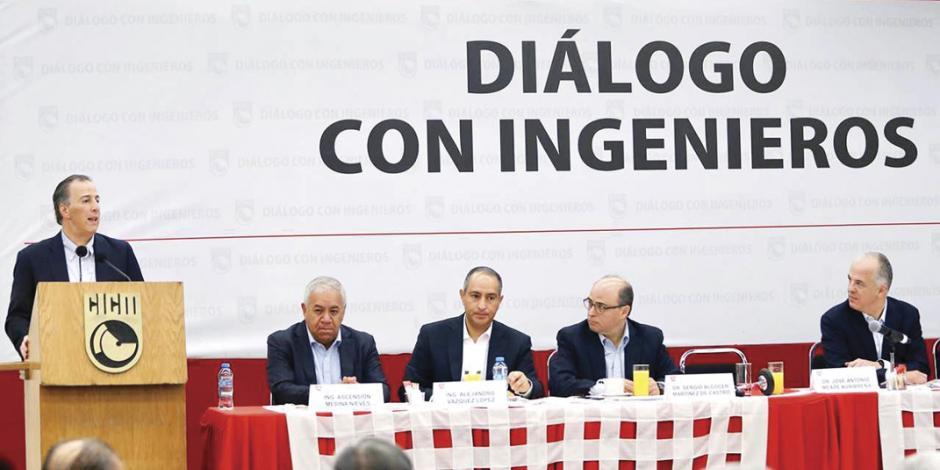 Sugiere Meade oír advertencia de Vargas Llosa sobre AMLO
