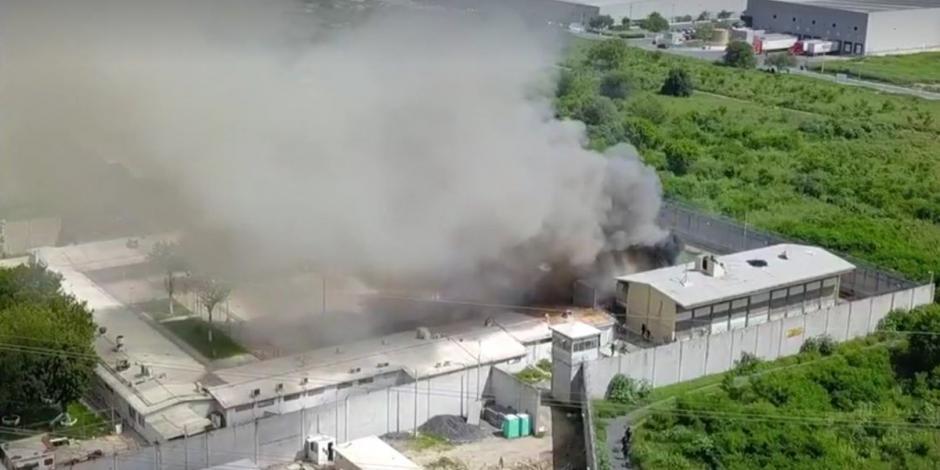Reportan motín en el Tutelar de Menores de Escobedo, Nuevo León. En el reporte preliminar se informó que no hay personas lesionadas. - - Video de Al