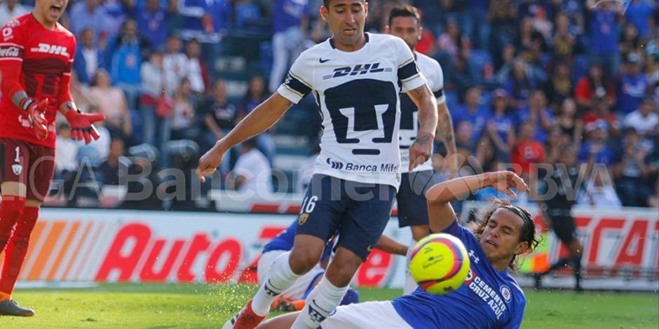 En el último minuto Cruz Azul empata con Pumas y dividen puntos