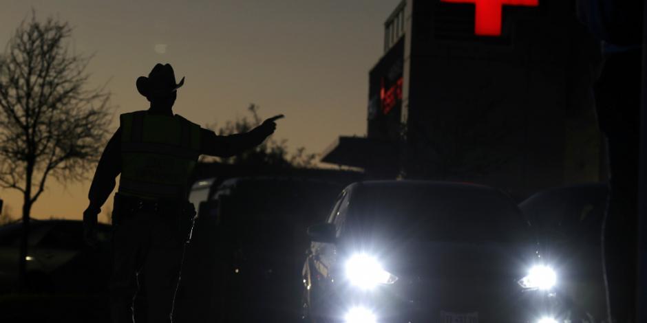 Se suicida sospechoso de ataques explosivos en Texas