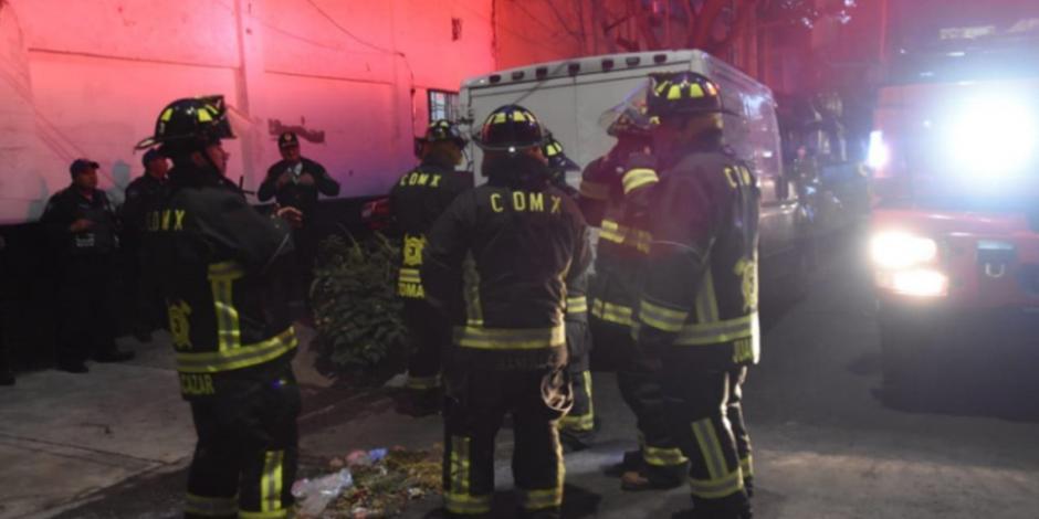 Hombre muere intoxicado al trabajar dentro de cisterna en Azcapotzalco