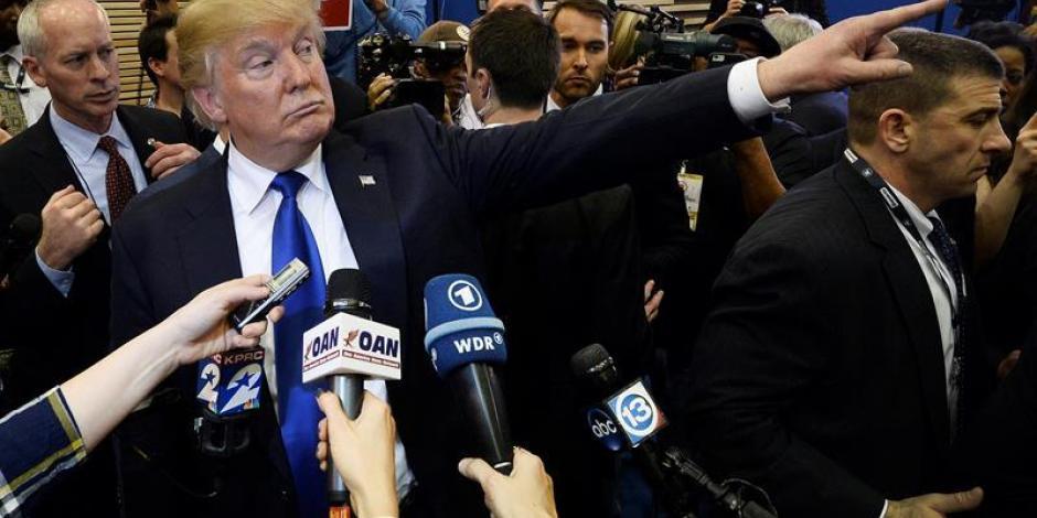 Trump sube de tono sus ataques contra periodistas y medios