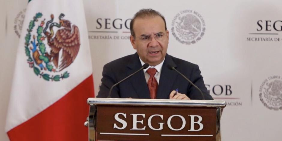 Urge Navarrete a Trump blindar frontera contra paso de armas hacia México