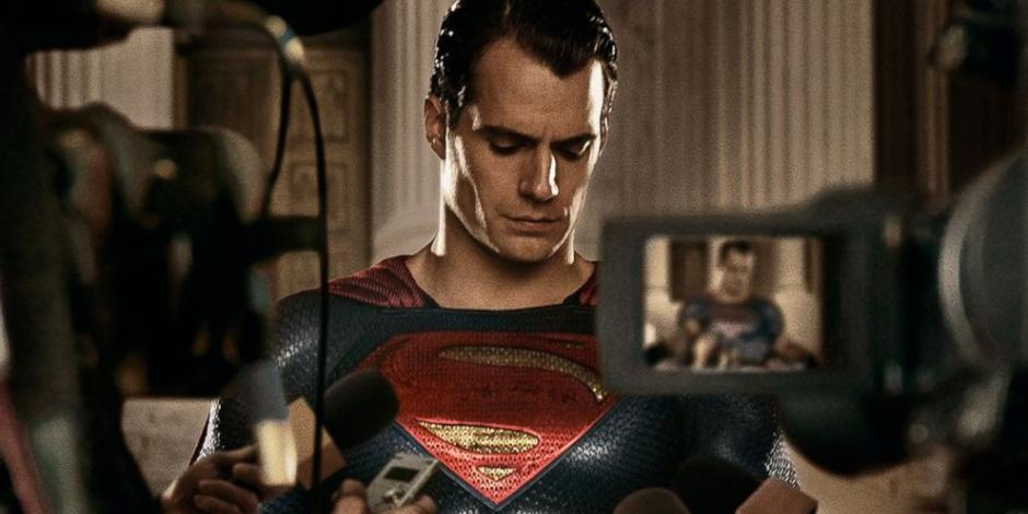 Entérate aquí por qué Henry Cavill podría colgar la capa de Superman