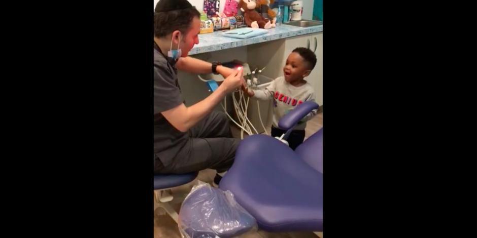 VIDEO: Dentista se vuelve viral por acto de ilusionismo