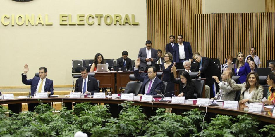 Avala INE candidaturas de Meade, Anaya y AMLO