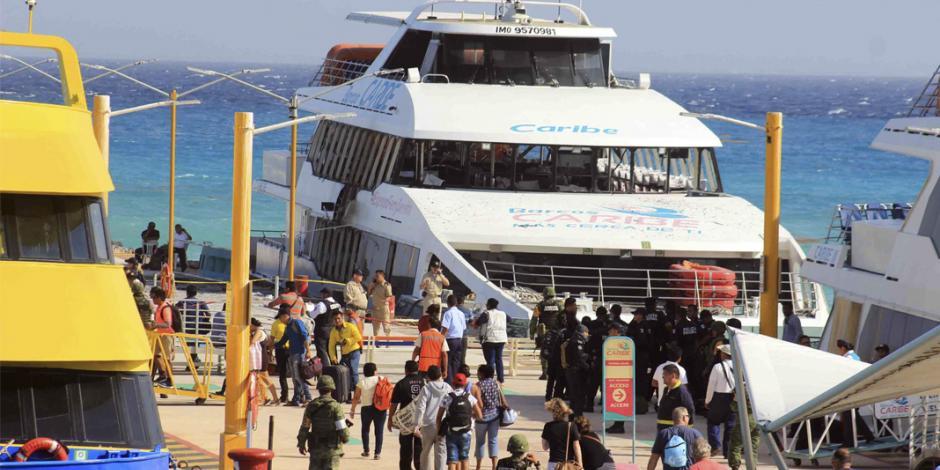 Desalojan muelle por falsa alarma de bomba en Playa del Carmen