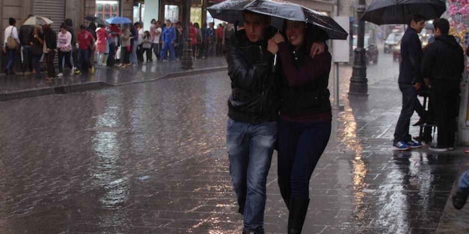 Persiste en Valle de México pronóstico de potenciales lluvias para este viernes