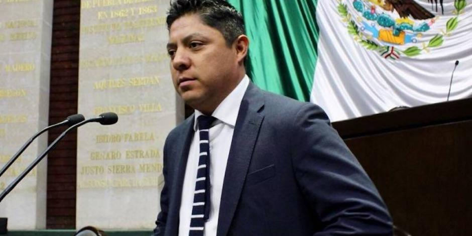 PRD se equivocó al aliarse con el PAN, reconoce líder en San Lázaro