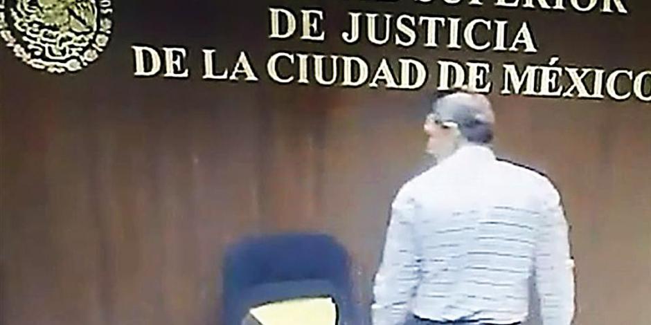 Juez acosador ahora va contra papá de víctima