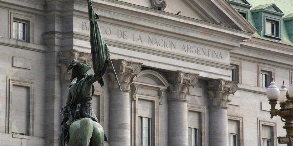 Deuda argentina sube a 82% del PIB