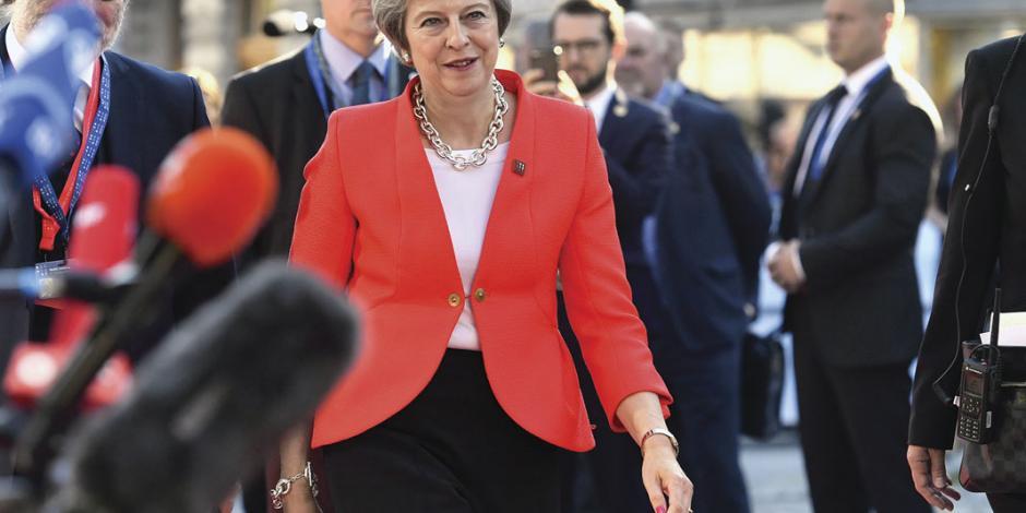 Europa batea a May y la orilla a otro referéndum