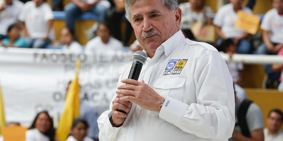 Diputado perredista Estefan Garfias deja Frente y se suma a campaña de Meade
