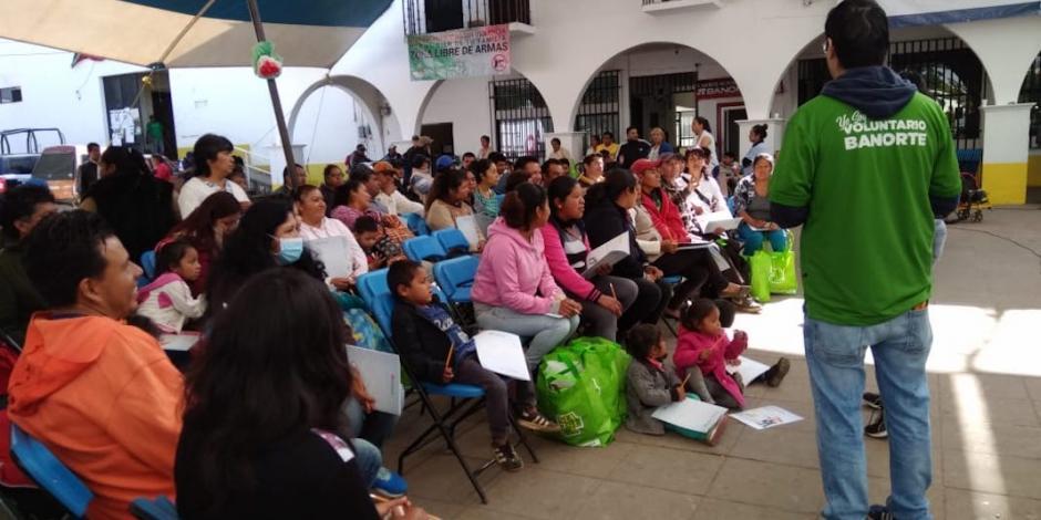 Banorte reconstruirá 400 viviendas en 2019