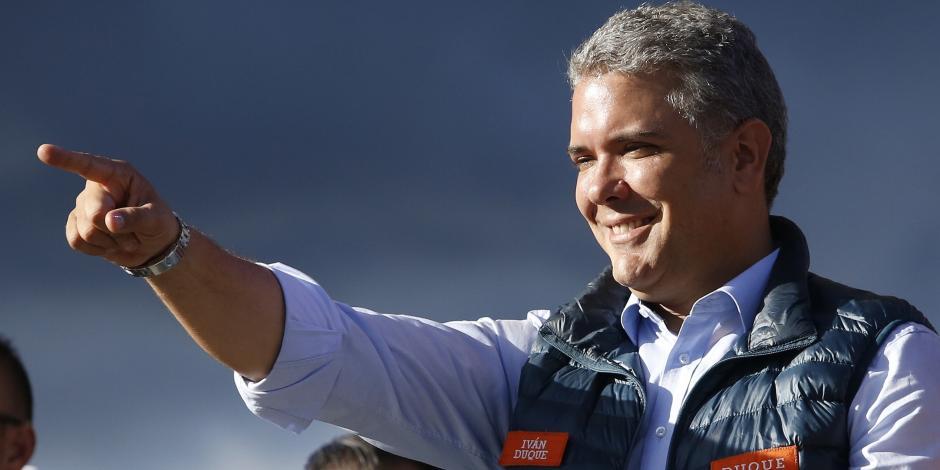 El conservador Iván Duque vence al populismo y se perfila como presidente de Colombia