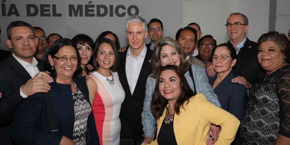 Del Mazo va por más médicos y hospitales para el Estado de México