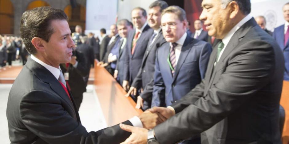 Acompaña Héctor Astudillo a EPN durante Sexto Informe