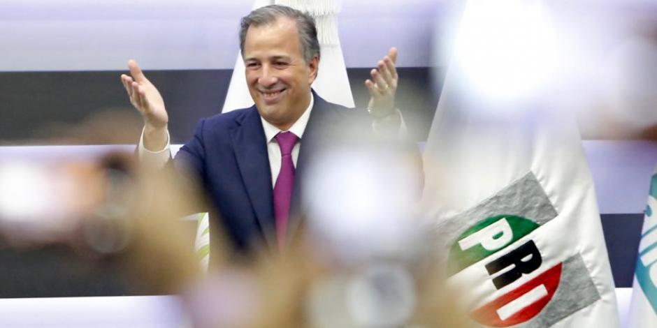 Meade registra su candidatura presidencial ante el INE