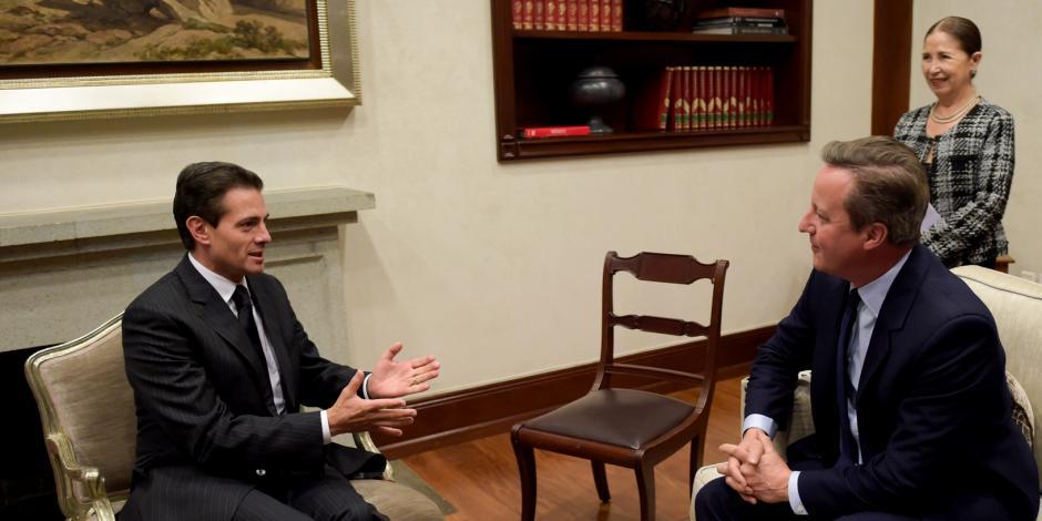 Enrique Peña Nieto se reúne con ex Primer Ministro de Reino Unido