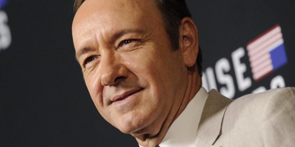 """Masajista demanda a Kevin Spacey por """"manosearlo"""""""