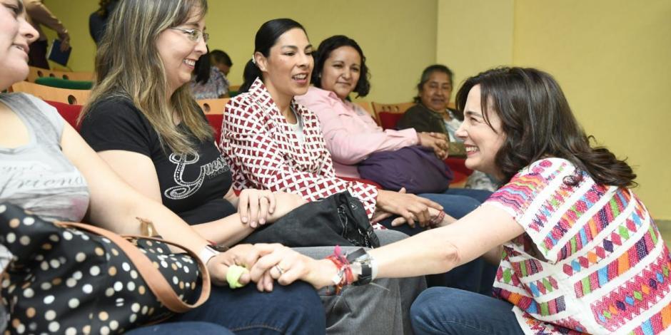 Reconoce Juana Cuevas de Meade labor del voluntariado en el IMSS