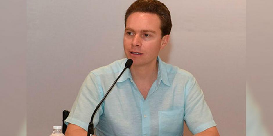 Manuel Velasco busca pluri en el Senado