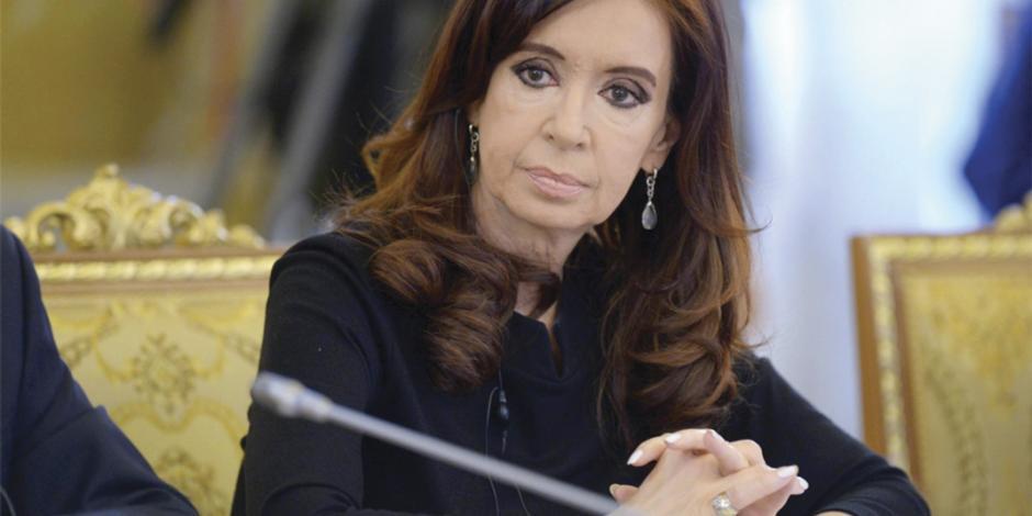 Ordenan prisión contra Cristina Fernández por liderar trama de corrupción