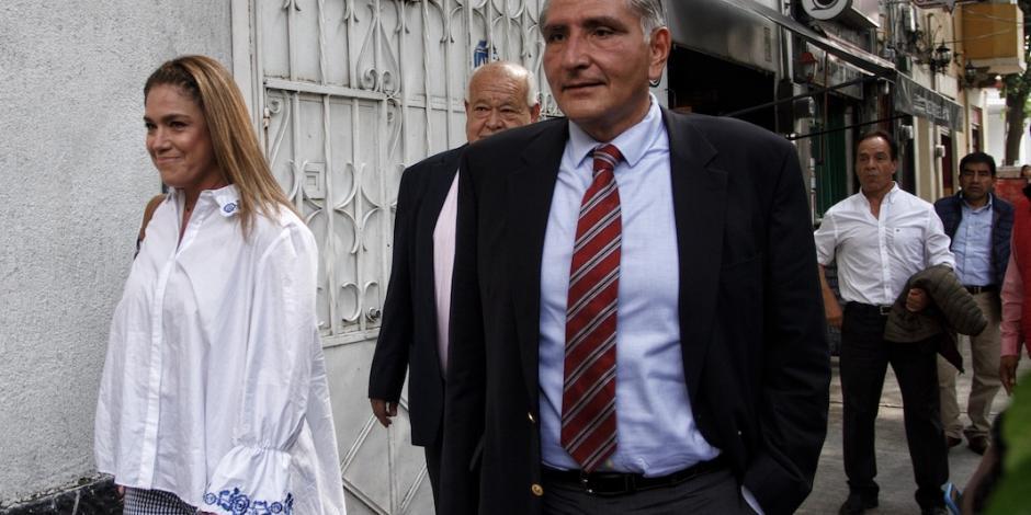 Terreno para refinería en Dos Bocas tiene permisos, afirma Adán López