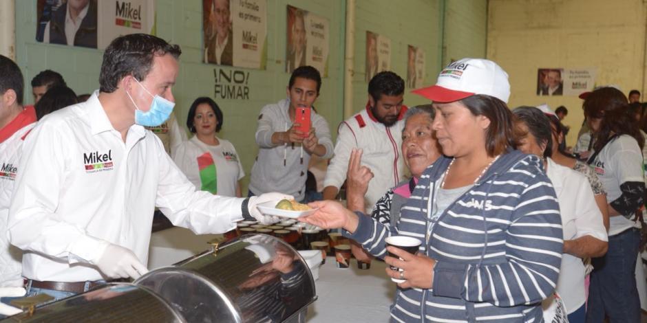 Propone Mikel dar pensión de 2 mil 500 pesos a mujeres mayores de 60 años
