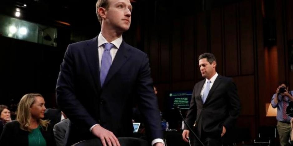 Revela Zuckerberg que también fue víctima de Cambridge Analytica