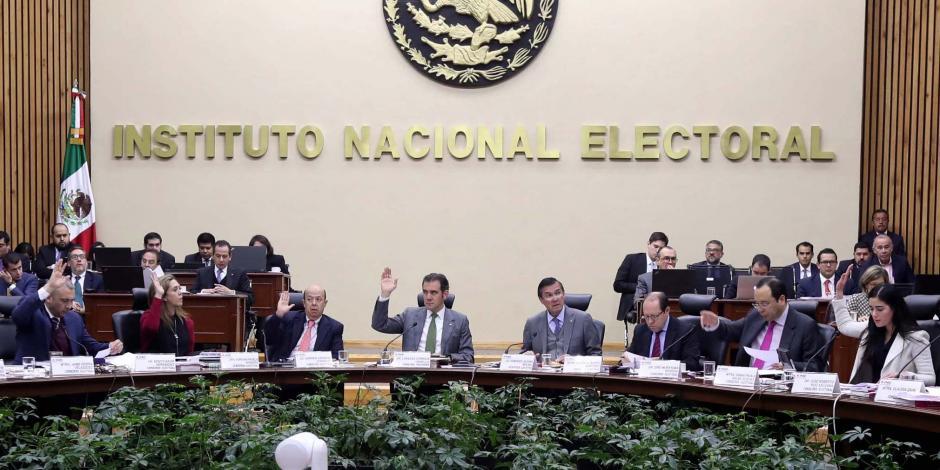 Combate a la corrupción y violencia, temas del primer debate presidencial , informa el INE