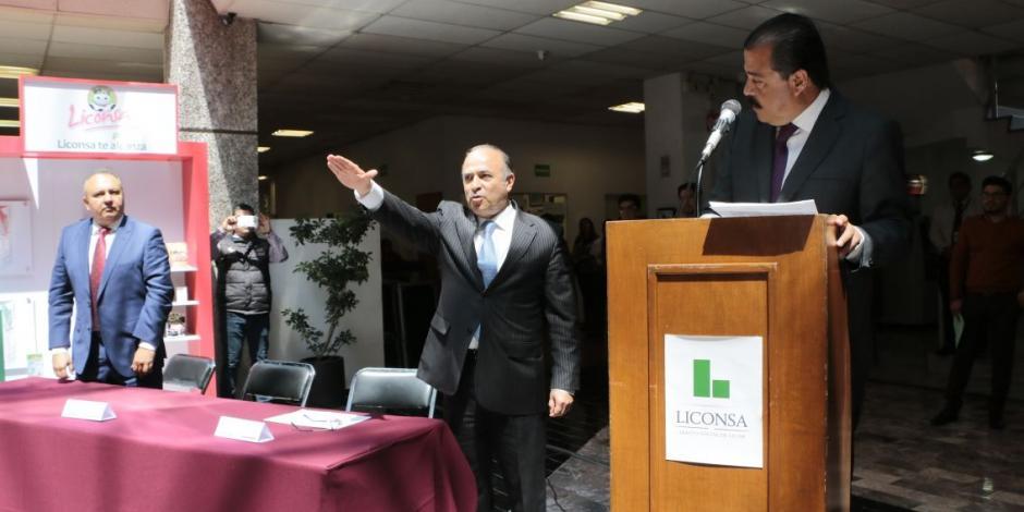 Abelardo Manzo González toma protesta como titular de Liconsa