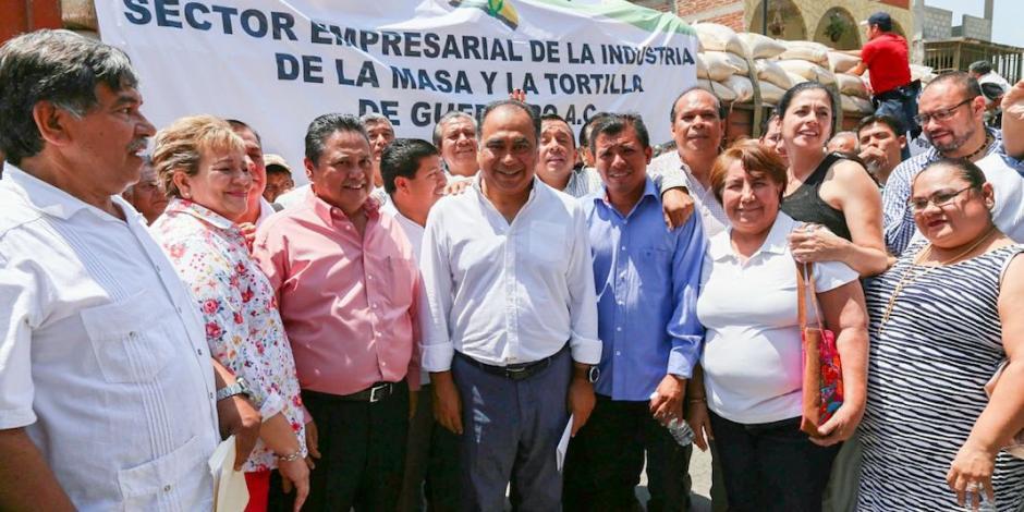 Supervisa Héctor Astudillo acciones tras el sismo en Huitzuco