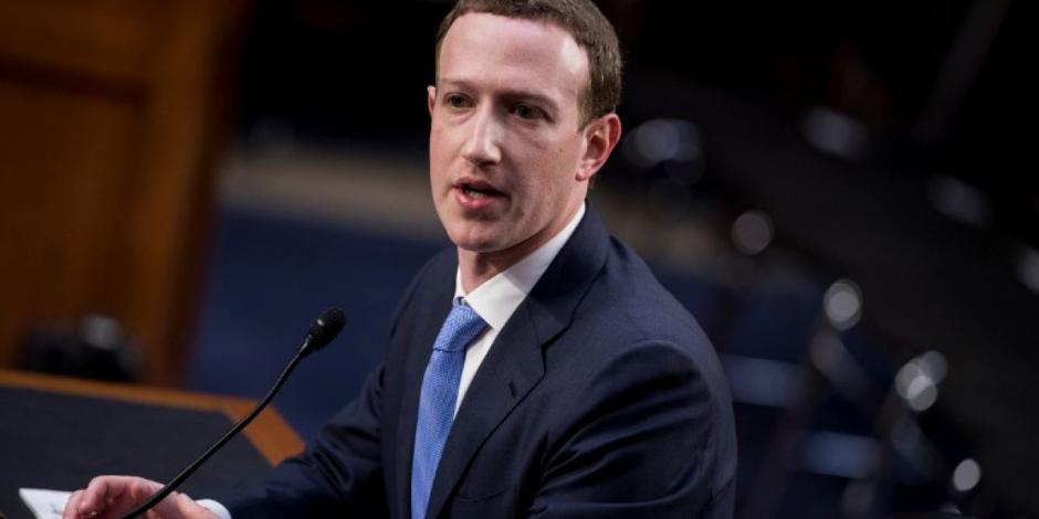 Ahora Zuckerberg pide perdón a la UE por robar datos en Facebook